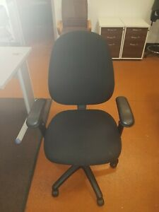 Operator-Task-Chair-With-Synchronised-Mechanism-and-adjustable-Arms-in-Black