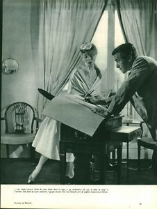 """Publicité ancienne mode Christian Dior 1953 issue de magazine - France - État : Occasion : Objet ayant été utilisé. Consulter la description du vendeur pour avoir plus de détails sur les éventuelles imperfections. Commentaires du vendeur : """"Bon état - Dimensions : 23 x 31 cm - Provenant du Magazine de l'époq - France"""
