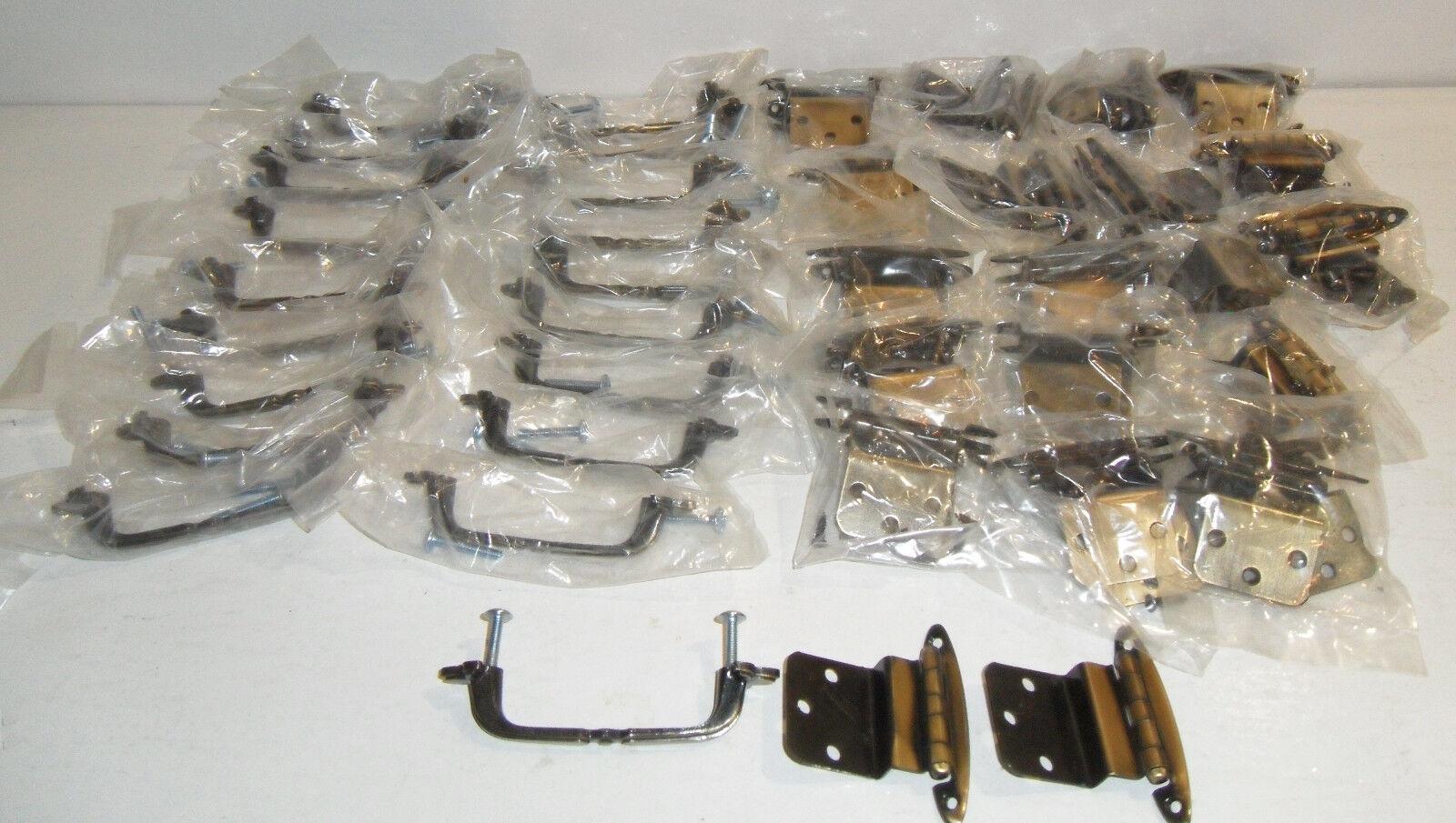 19 Vtg NOS Brass Farbe Kitchen Cabinet Drawer Door Hardware PULL HANDLES+HINGES