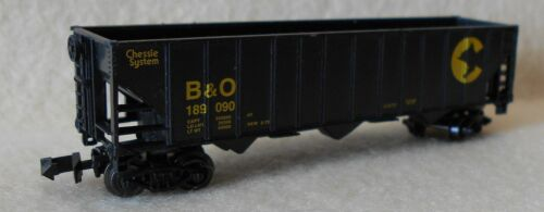 N Scale 3 Bay Open Hopper B/&O Chessie System Freight Car Life-Like excellent