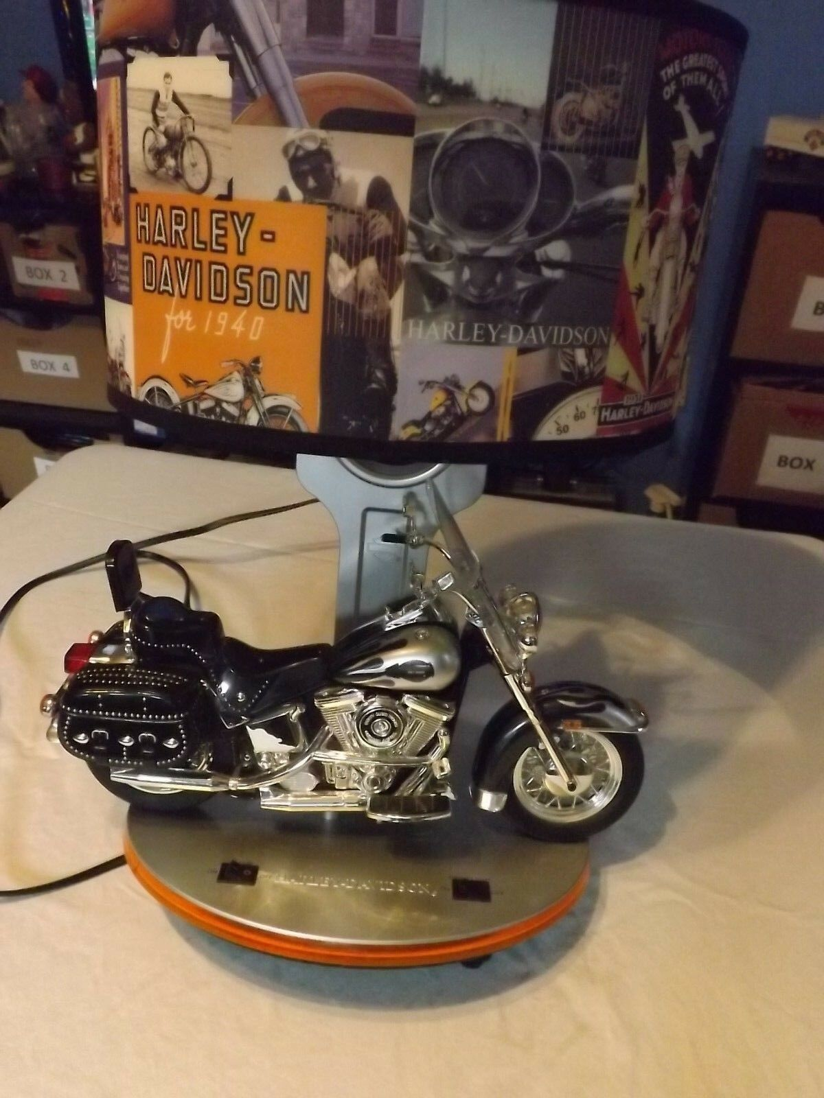 HARLEY DAVIDSON MOTORCYCLE LIGHT WITH SOUND - MEASURES 18