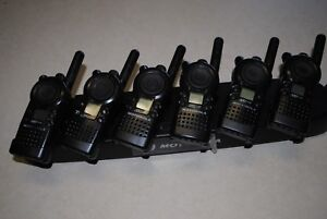 6-MOTOROLA-CLS1110-2-WAY-RADIOS-UHF-WITH-GANG-CHARGER-30-DAY-WARRANTY