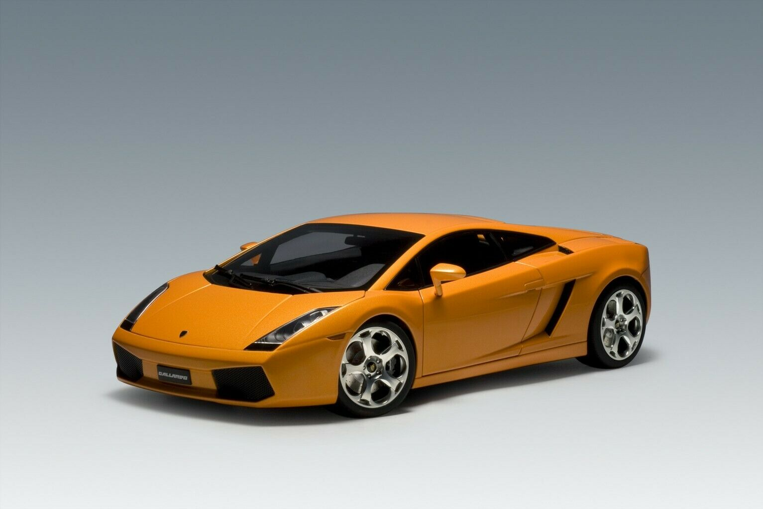 AUTOART LAMBORGHINI GALLARDO METALLIC naranja 1 12 12092 Die cast model Signature