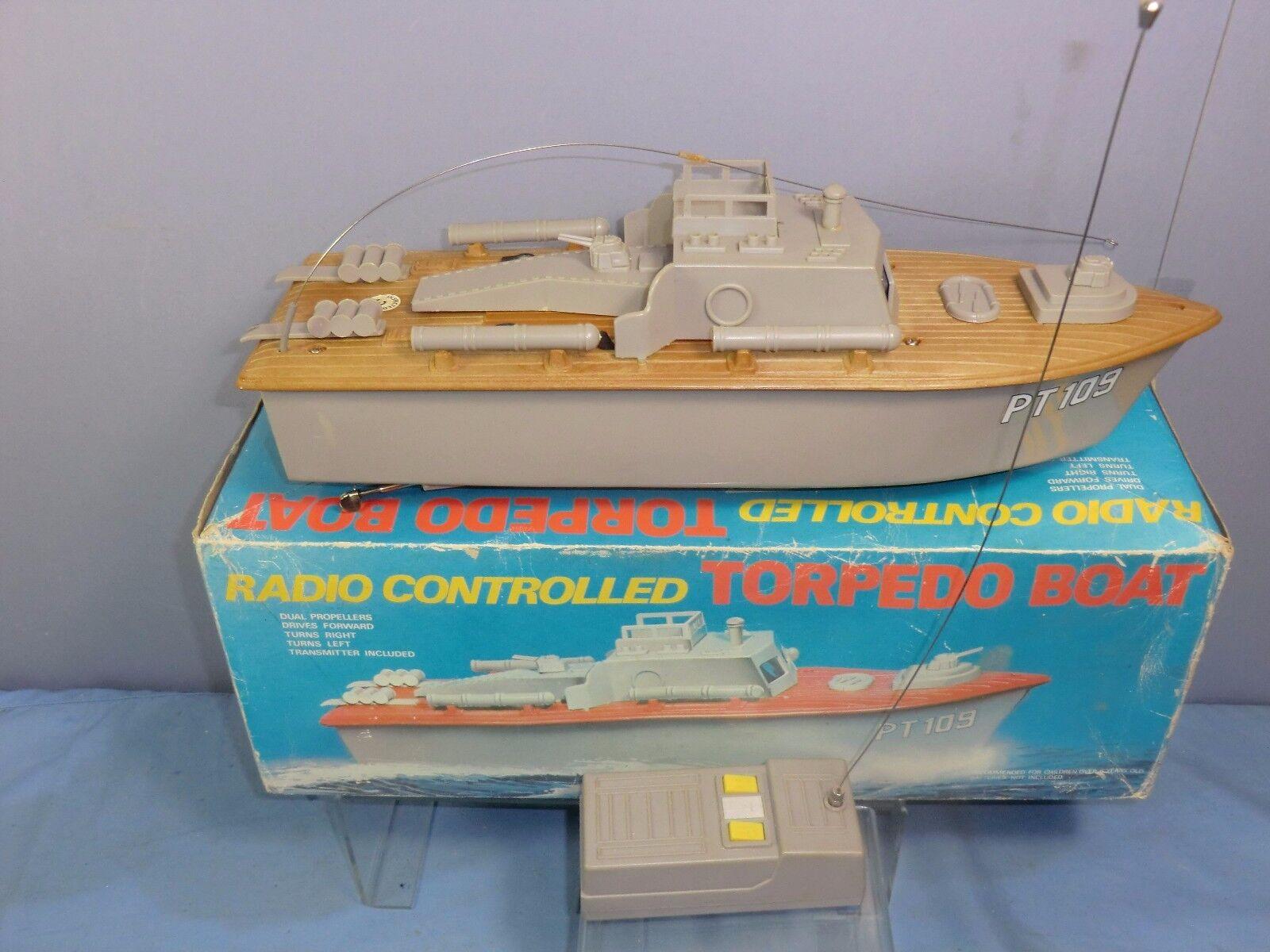 VINTAGE RADIO CONTROL   MODEL No.7723 TORPEDO BOAT   PT 109       VN MIB