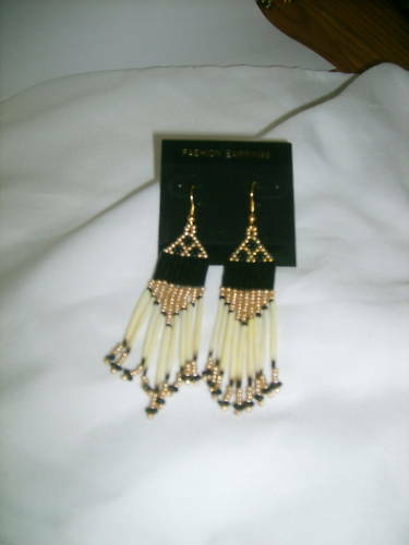 Porcupine quill  Earrings NEW Gold //black  Native American
