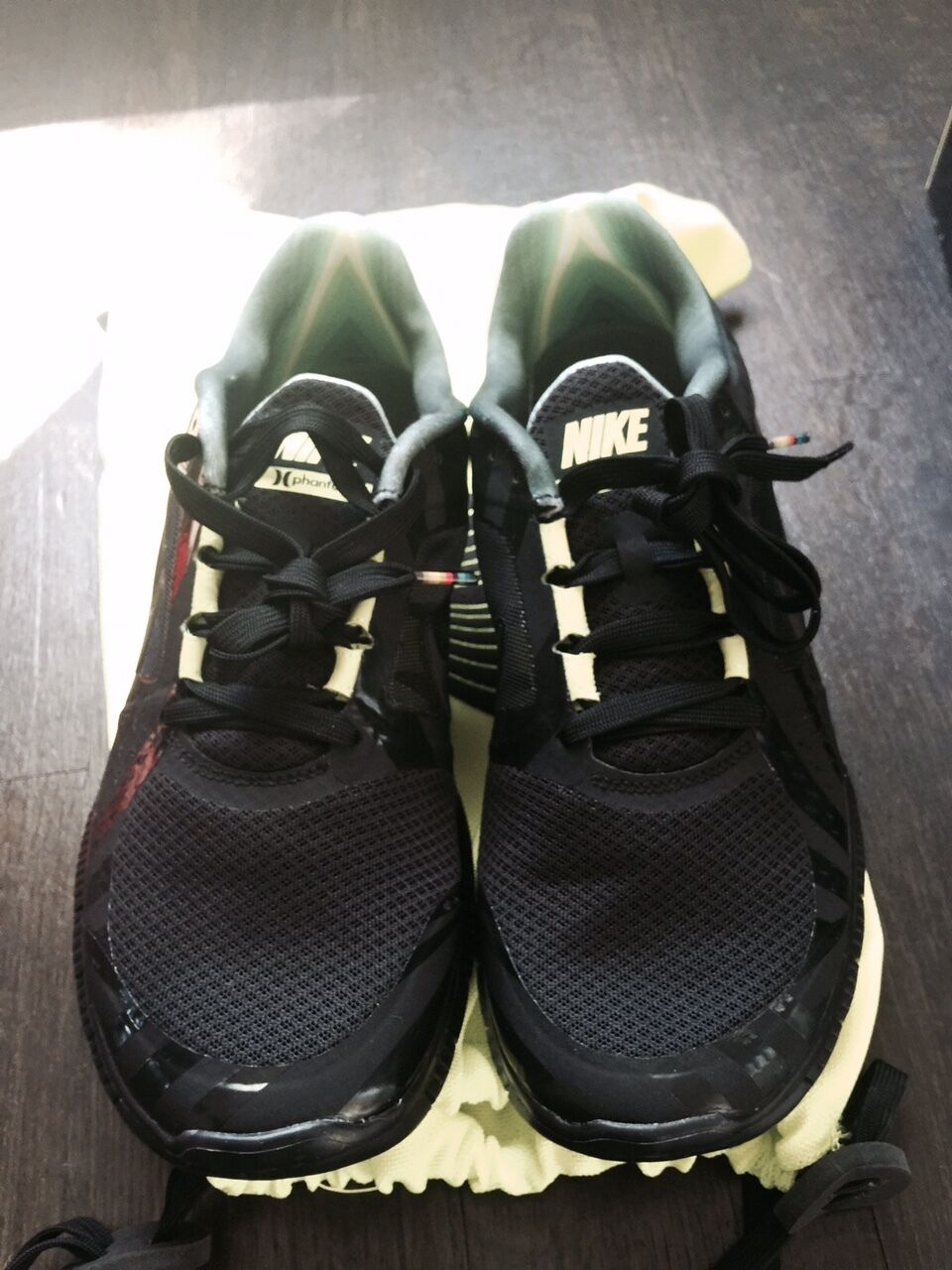 NIKE FREE RUN (+3) HURLEY NRG SIZE 12 NEW WITH BOX