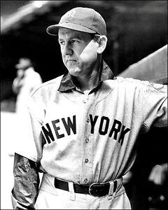Lefty-Gomez-Photo-8X10-1939-New-York-Yankees-Buy-Any-2-Get-1-FREE