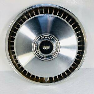 Used Ford Motor Company Hub Caps Ebay