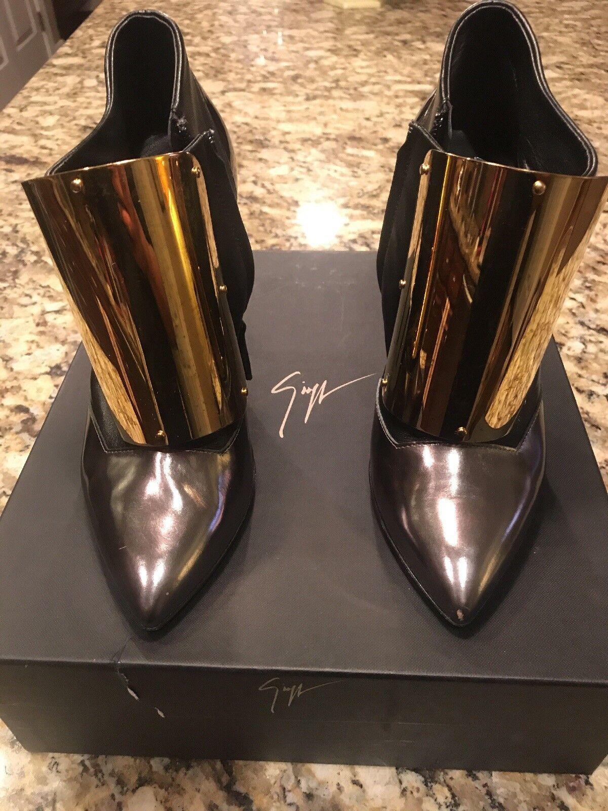 100% Authentic Giuseppe Zanotti Steel Toe/neel Ankle Bootie