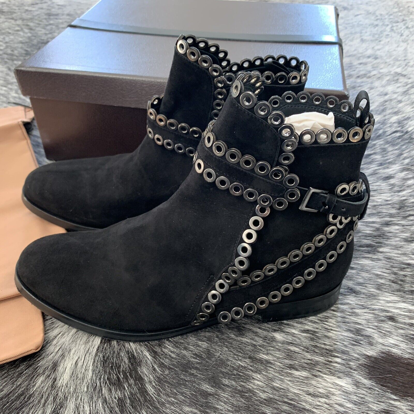 AZZEDINE ALAIA Black Suede Grommet Ankle Boots Si… - image 7