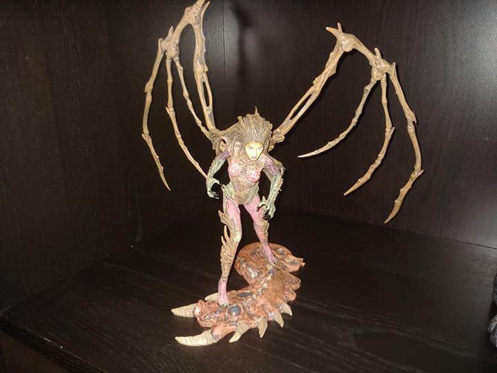 STARCRAFT II SARAH KERRIGAN QUEEN OF BLADES DC UNLIMITED FIGURE Statue Blizzcon