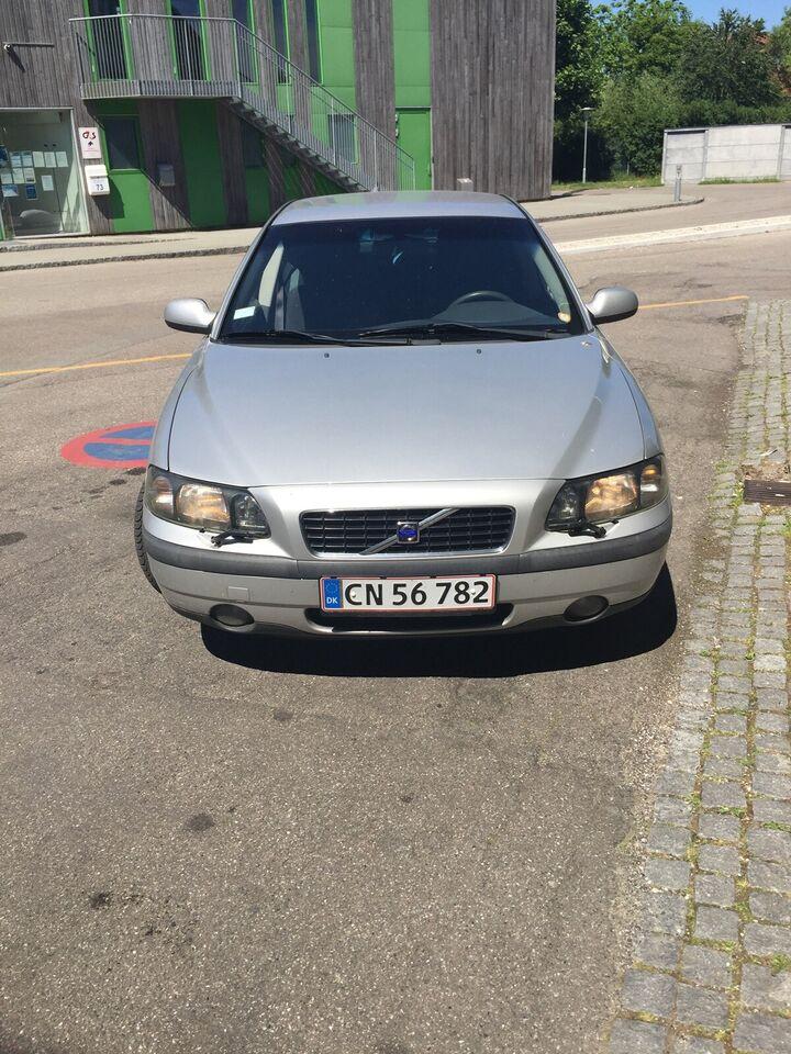 Volvo S60, 2,4 140, Benzin