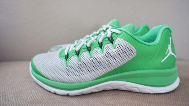 wholesale dealer 70fc7 54103 New DS Nike Jordan Flight Runner 2 Two Light Green Spark White men sz 8