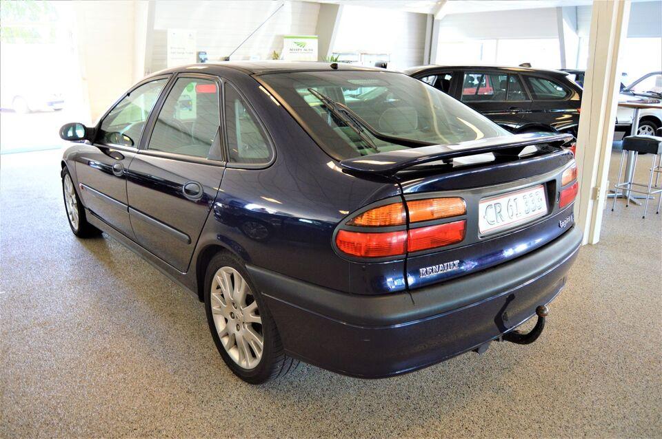 Renault Laguna I 3,0 V6 RXT Benzin modelår 1999 km 265000