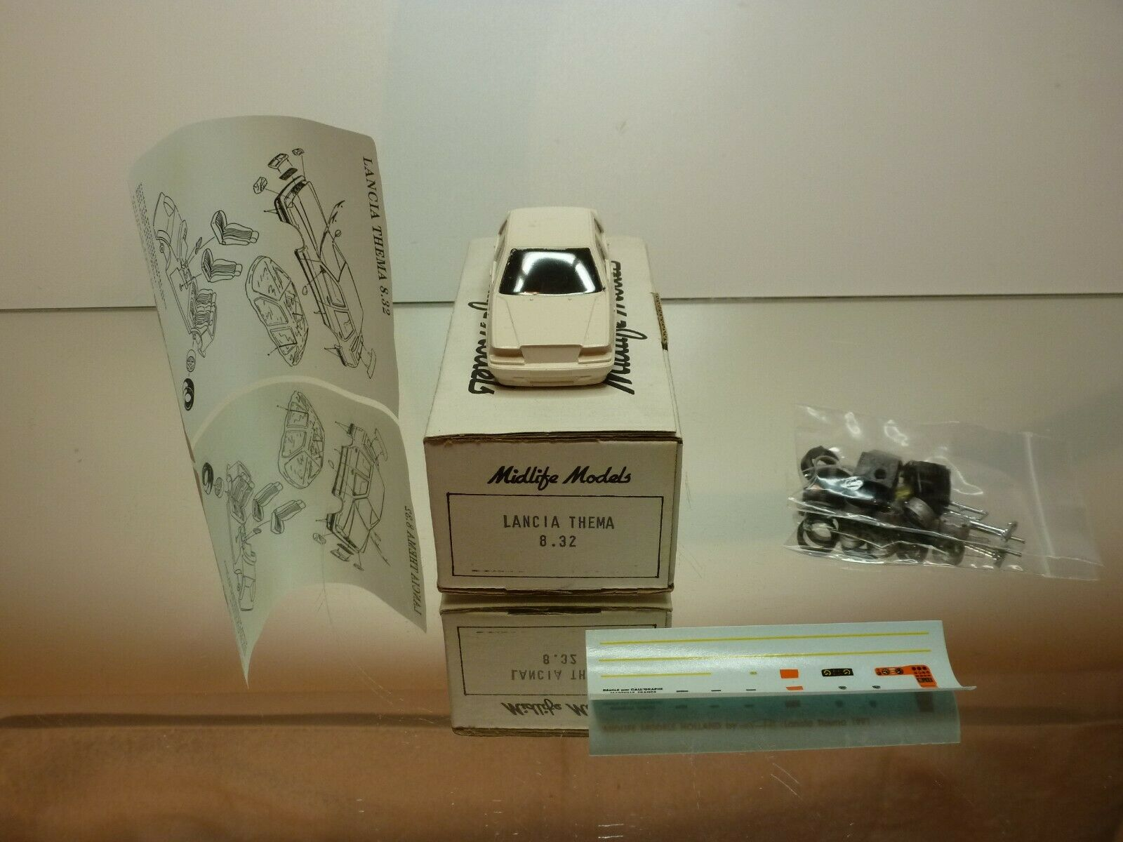 MIDLIFE MODELS LANCIA THEMA 8.32 - 1 43 - UNBUILT CONDITION IN BOX