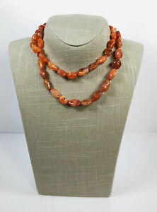 Vintage-Carnelian-Agate-Necklace-Hand-Knotted-Beads-Barrel-Clasp-Pretty-Costume