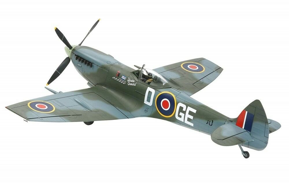 1 32 British Air Force Super Marine Spitfire Mk.XVIe 60321