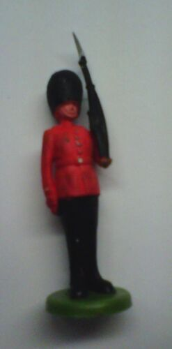 Vintage Plastic English Soldier~1980s 1:32 Scale~Toy/Collectible~Britains Lmted