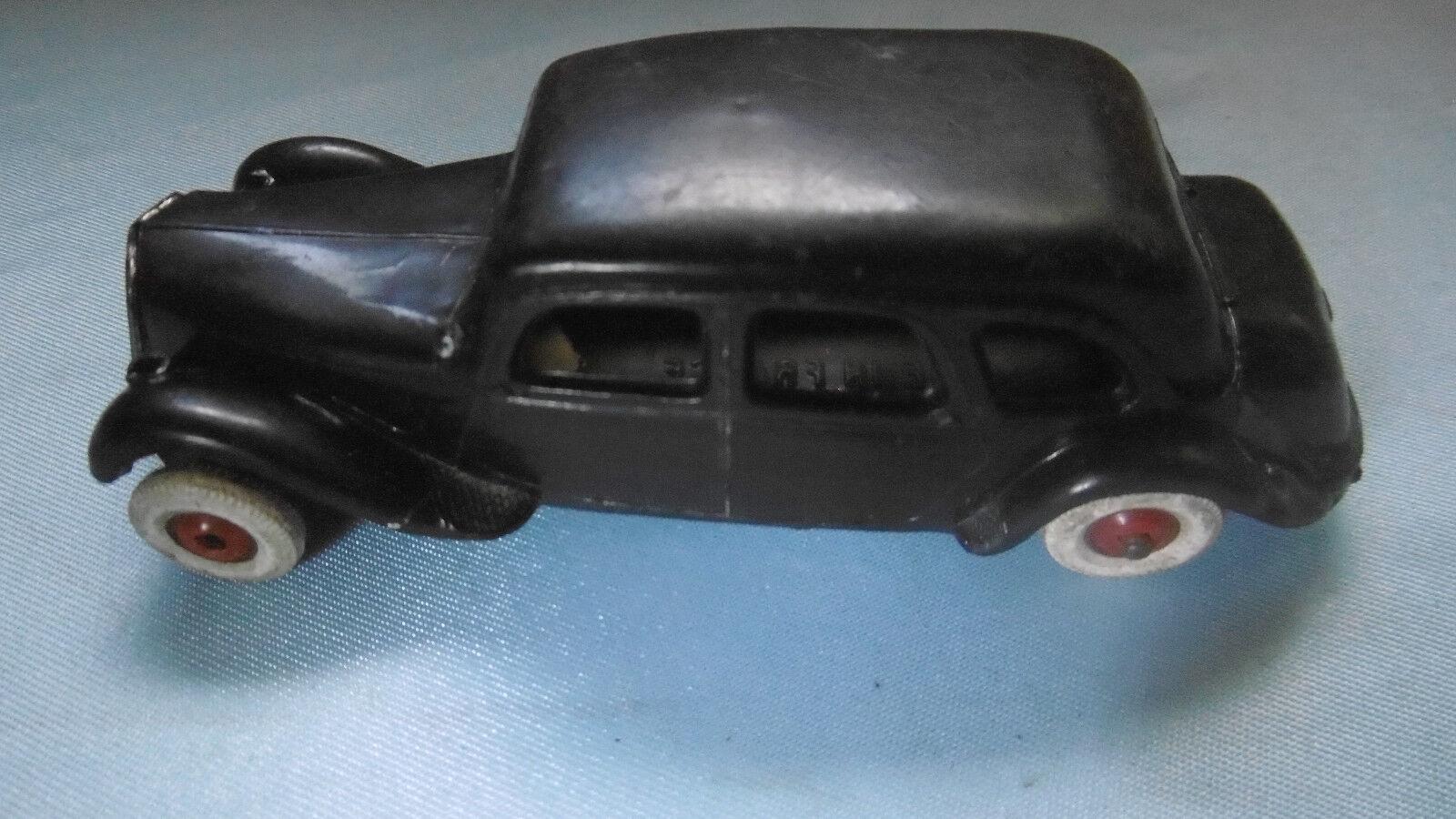 Voiture miniature traction norev vintage