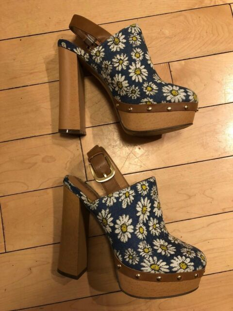 c79d5ad4091b Frequently bought together. Report Footwear Moet Blue Daisy Platform-Size 6