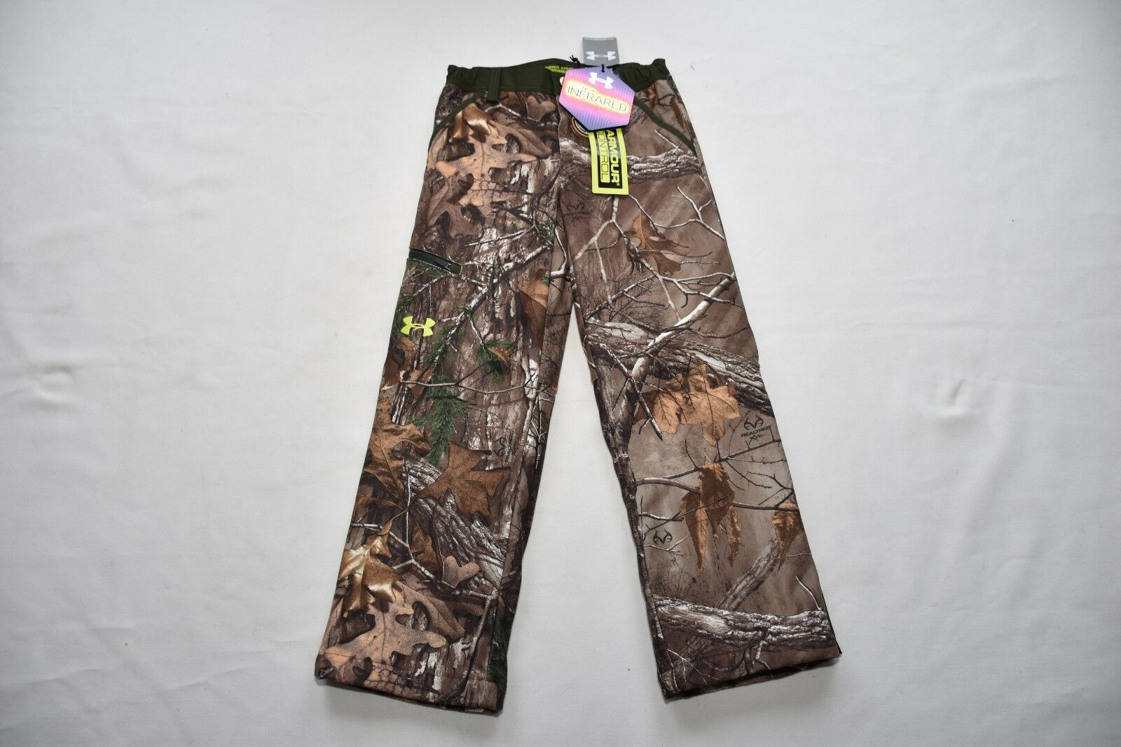 Under Armour Boys Cold Gear infraROT Scent Control hunting Pants Youth Camo