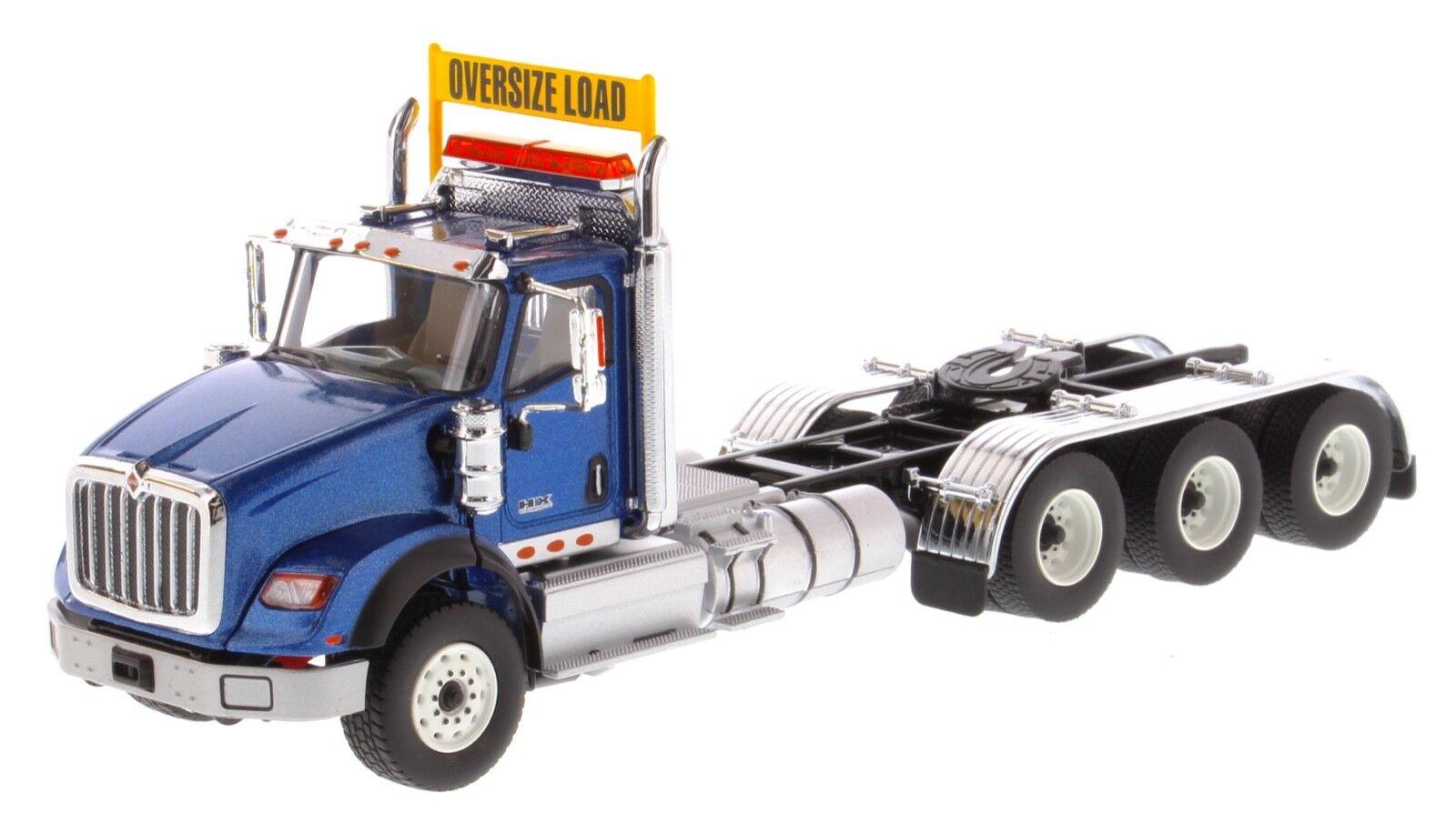 International 1 50 scale HX620 bleu Tridem Tractor - Diecast Masters 71010