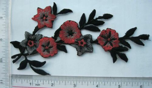thread embroidery Craft 2pcs Appliques Embroidery Patch Iron or Sew on badge