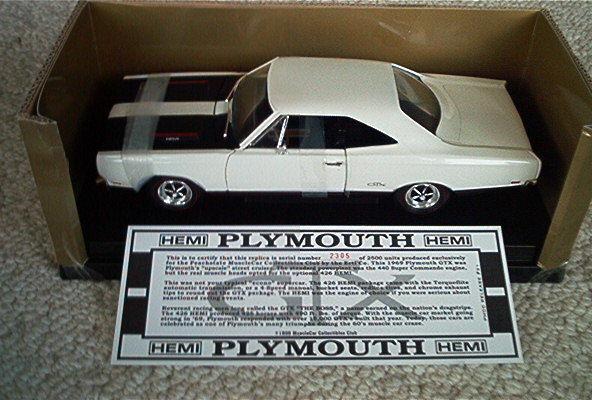 RARE Ertl Peachstate - 1 18 - 1969 Plymouth GTX  - White 1 2500