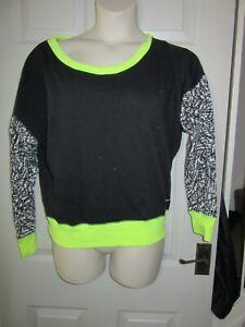 Worn-Twice-Womens-Nike-Jumper-M-Medium-Black-Neon-Yellow-Patterned-Sleeves