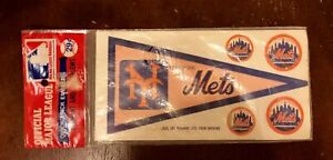 mets-MLB-pennant-and-emblems-1960-039-s-or-early-1970-039-s
