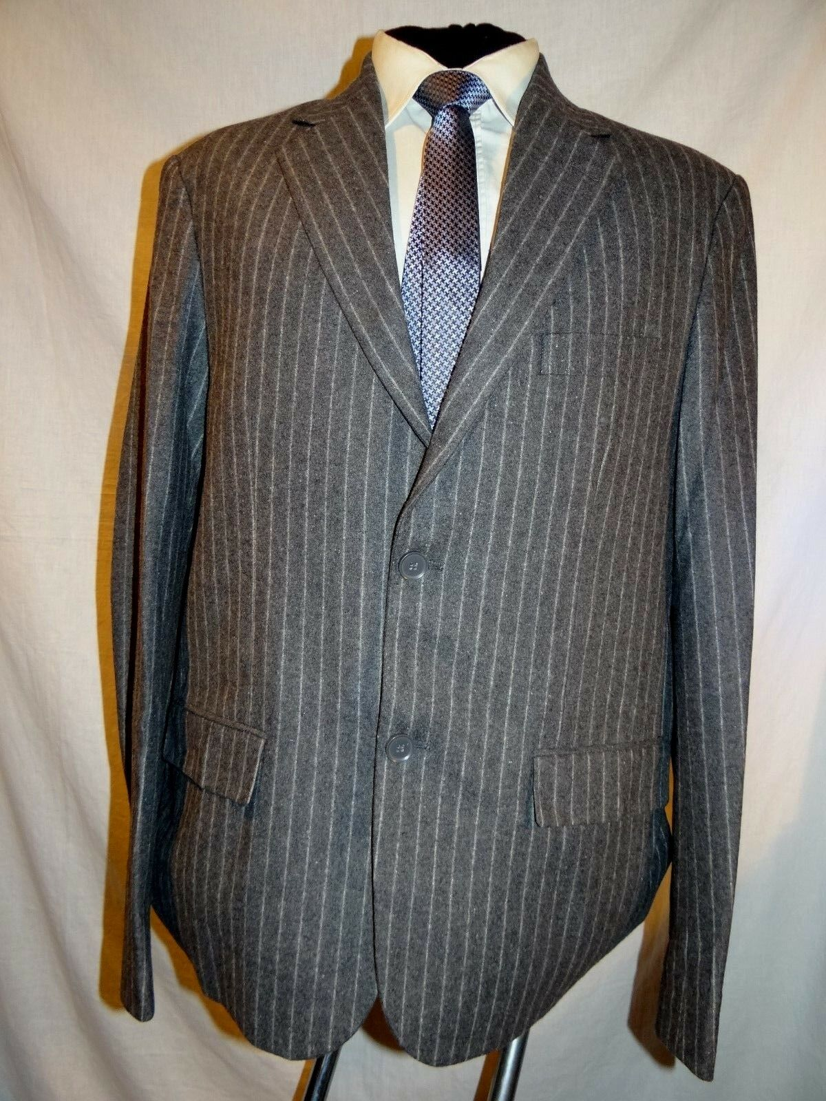 CASTRO MEN SMART DESIGNER GREY SLIM FIT PINSTRIPE BLAZER L L