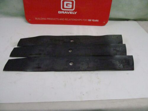 OEM Genuine Gravely Ariens 1 Set of 3 Lawn Mower Blades 08866900