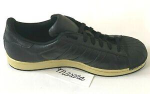 Men-Adidas-Originals-Superstar-Shell-Toe-Shoes-Casual-Sneakers-Black-Gold-BB8119