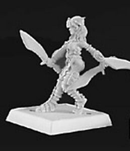 1-x-CHATTEL-NECROPOLIS-WARLORDS-REAPER-miniature-d-amp-d-jdr-rpg-female-14367l