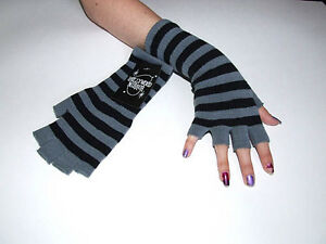 New-Fingerless-Black-Gray-Striped-Arm-Warmers-Knit-Gloves-Gothic-80s-Goth-Punk