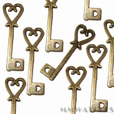 25mm Tibetan Silver Heart Lock Charm /& Key Jewellery Pendant S40 10 Pcs