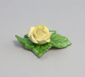 9959053-Porcelain-Table-Flower-Rose-Yellow-Ens-Handmodelliert-5-5x4cm
