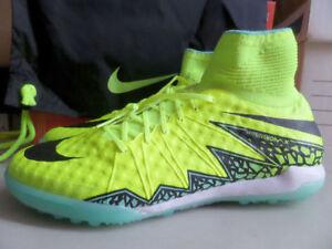 Nike HypervenomX Proximo TF Size 12 Mens Turf Soccer Shoes 747484-700 Volt