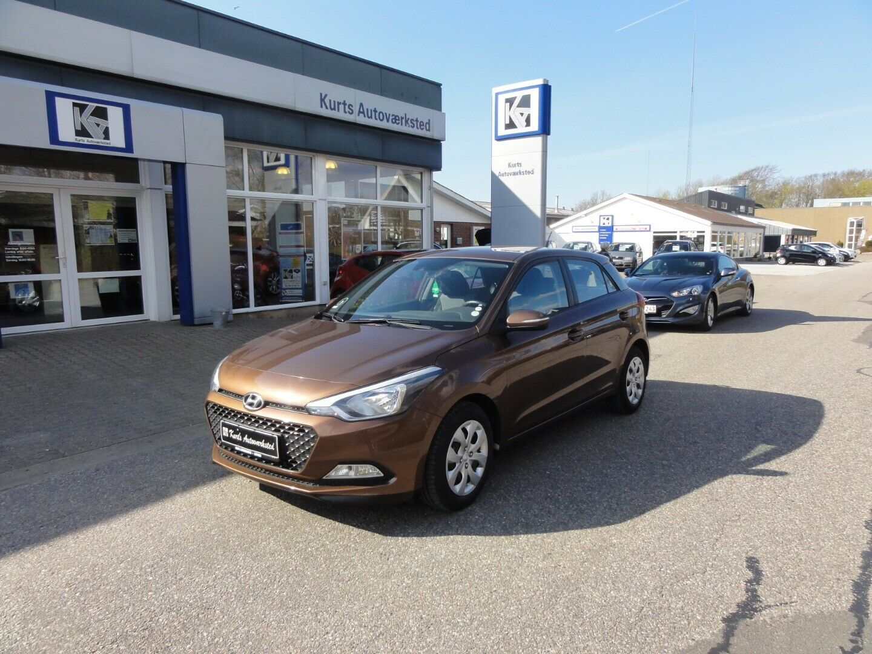 Hyundai i20 1,25 Trend 5d - 95.900 kr.
