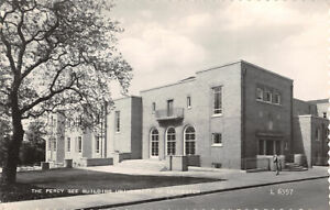 R326905 The Percy Gee Building University of Leicester. Valentine. RP. 1962