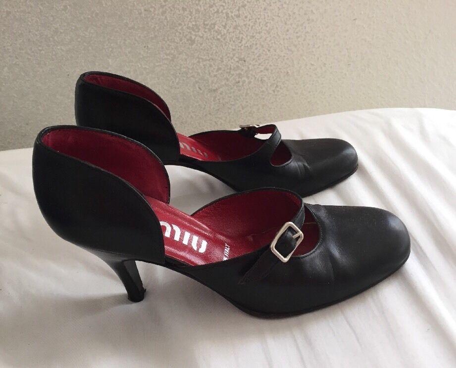 Miu Miu Round Toe Strap Heels SZ 35 1 2