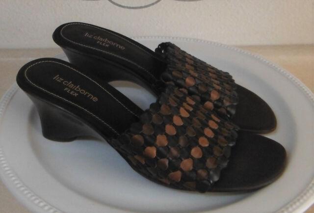 26217629e63ca6 LIZ CLAIBORNE Flex Women s Slides Size 7 M Brown Genuine Leather Weave Upper