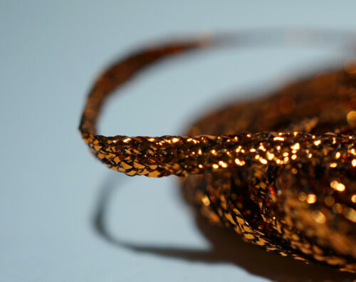 Top Preis /& Material  GOLD FLAT BRAID 4 Meter Larva Lace U.S.A