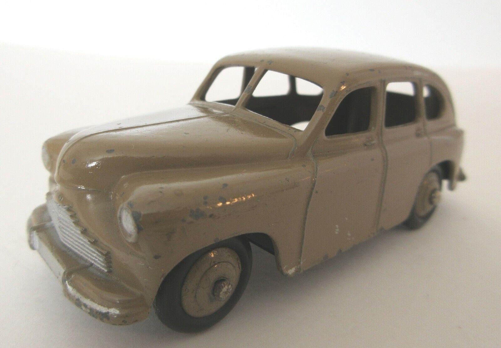 Dinky Toys 1950's Standard Vanguard Family Saloon Car  -  1950s Dinky Toys