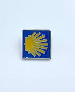 Pin-camino-De-Santiago-estela-amarillo-y-azul-san-james-nuevo-bisuteria-amuleto