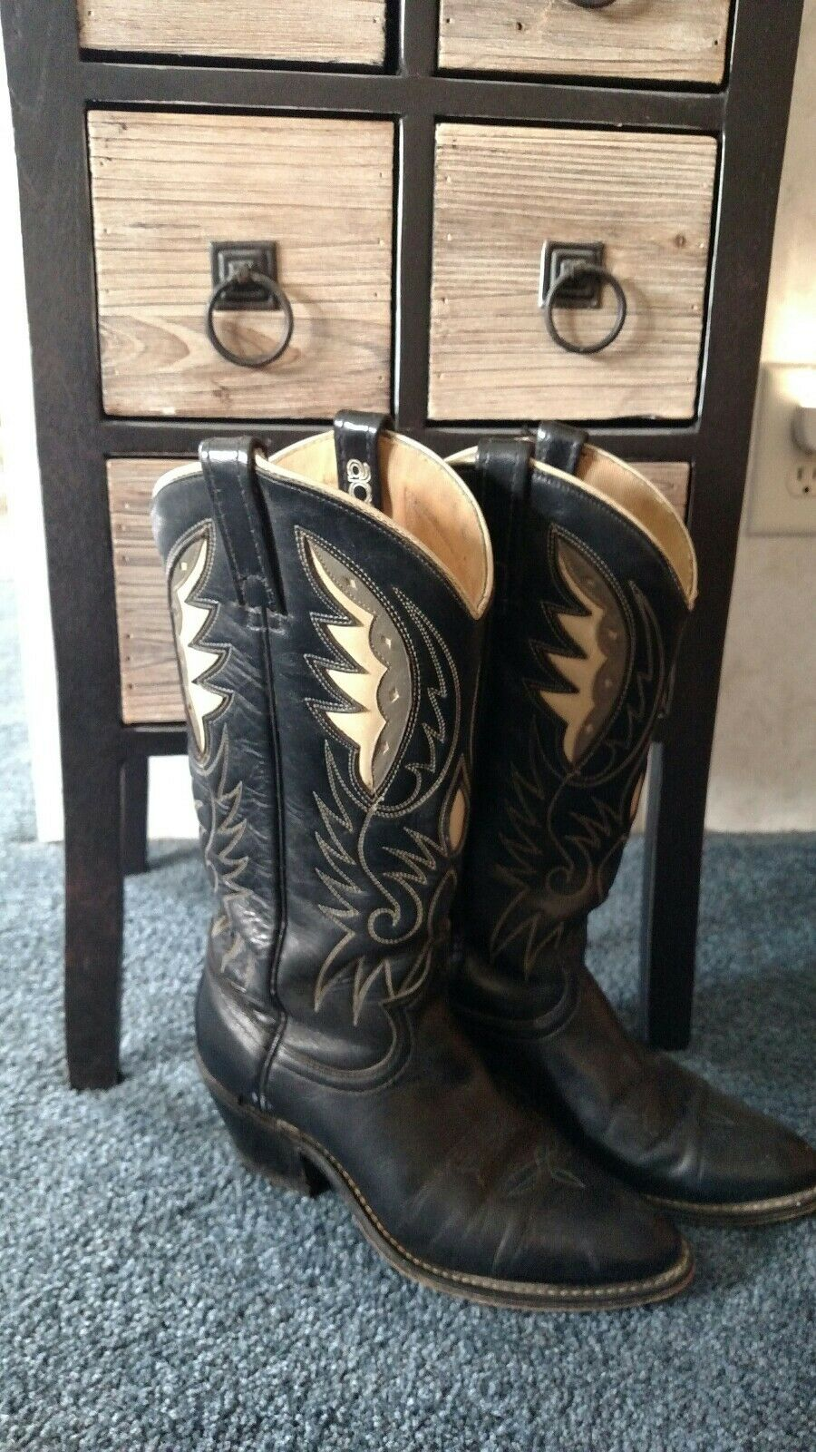 Vintage acme women's cowgirl boots