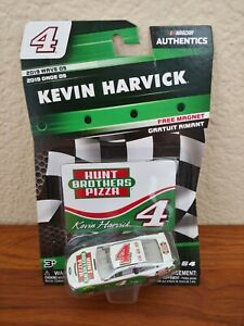 2019-Wave-5-Kevin-Harvick-Hunt-Brother-039-s-Pizza-1-64-NASCAR-Authentics-Diecast
