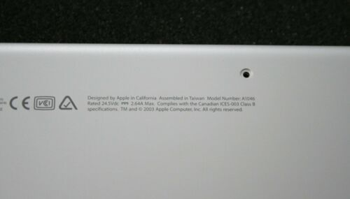 """New OEM Apple PowerBook G4 15/"""" 1//1.25GHz A1046 Bottom Case Assembly 922-6014"""