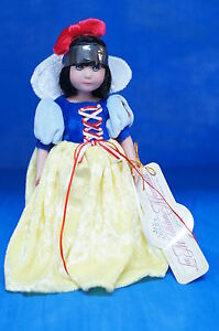Snow-White-7-034-Vinyl-Doll-Brynn-Lee-Middleton-LE500-17019-COA-Numbered-Signed