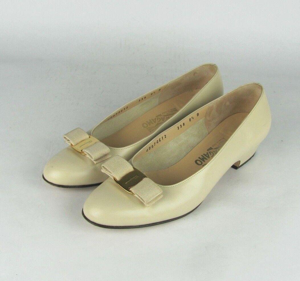 SALVATORE FERRAGAMO Damenschuhe 8.5 B Beige Leder Bow Pumps Heels